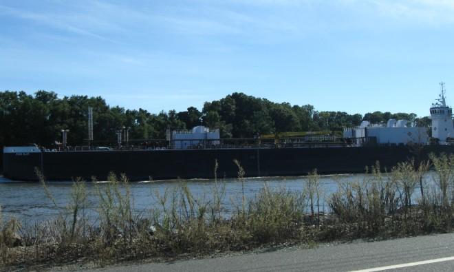 Tanker Vessel (by Cathy Schwarz)