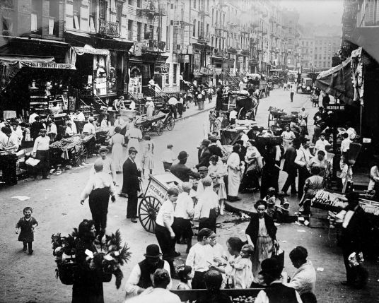 Hester Street, 1914 Manhattan, Lower East Side